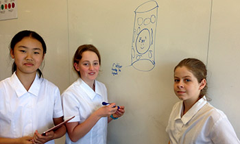 Marsden Future Minds students brainstorm for  trans-tasman egg drop competition